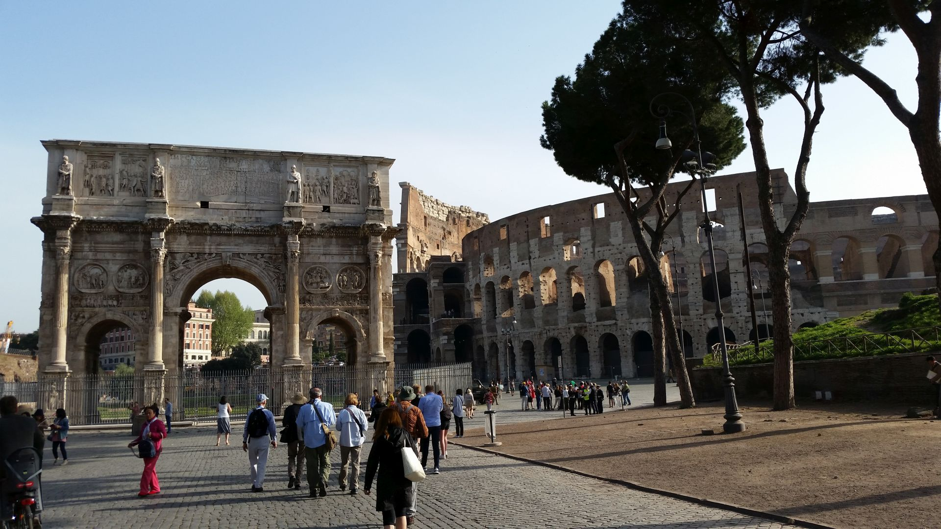 Arch and Colosseum