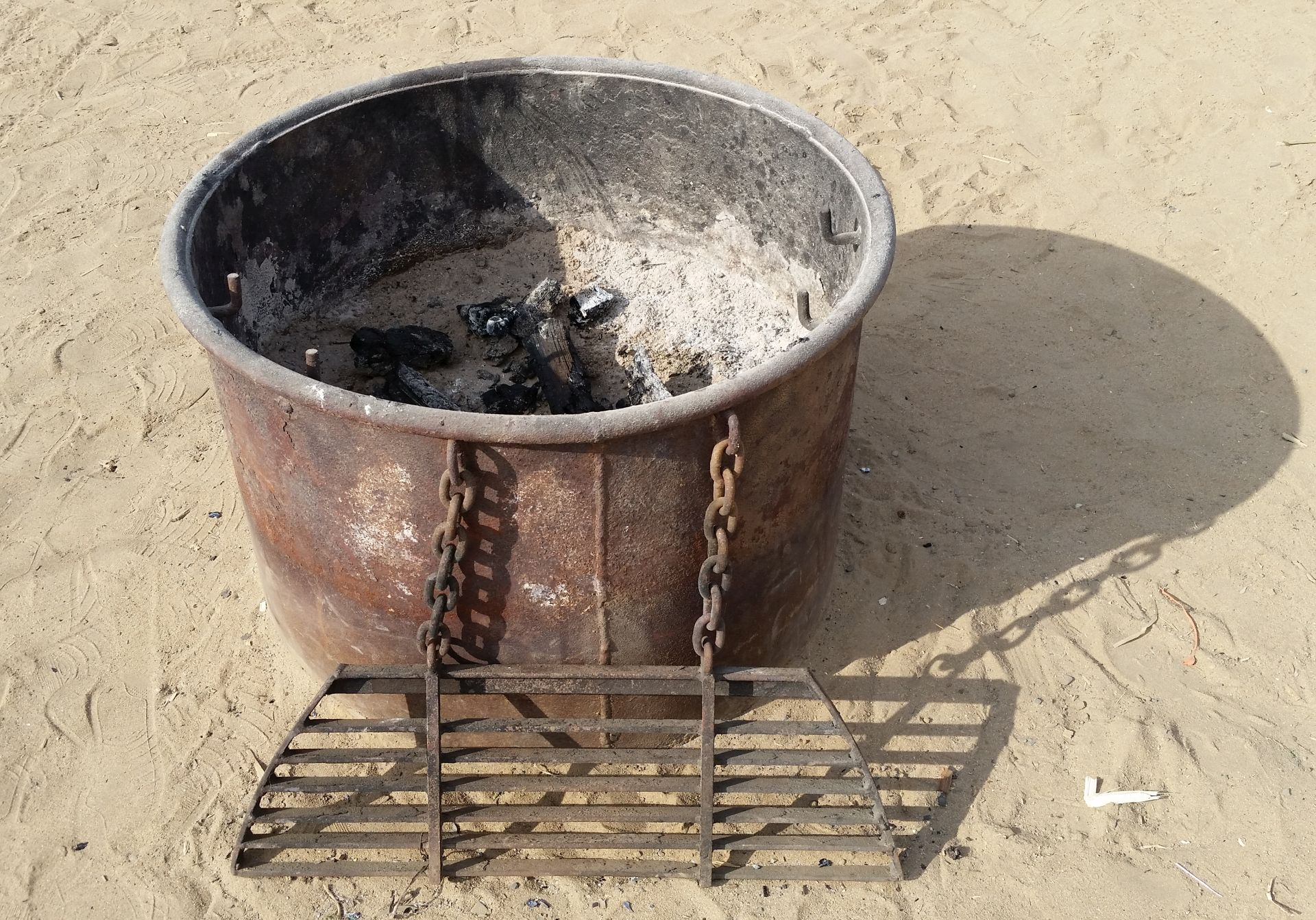 Intact Fire Ring/Bucket